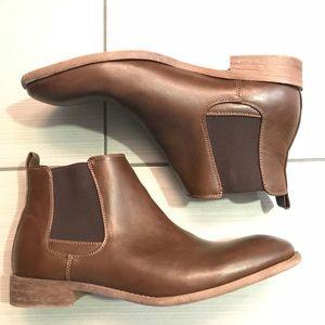 Robert Wayne Chelsea boots